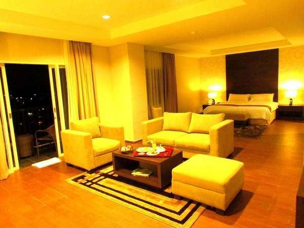Padjadjaran Suites Hotel Bogor - Kamar Royal Suites