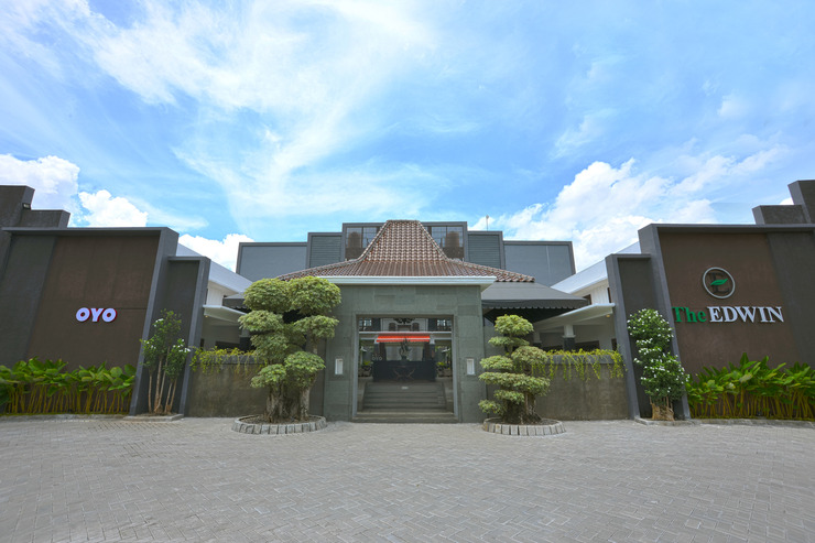 OYO 611 The Edwin Syariah Yogyakarta - Facade