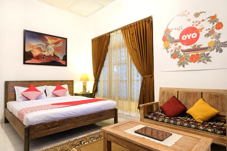 OYO 244 Griya Cemara Homestay Yogyakarta - Bedroom D/D