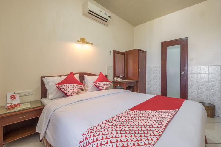 OYO 1090 Hotel Anging Mammiri Makassar Makassar - Guestroom DD