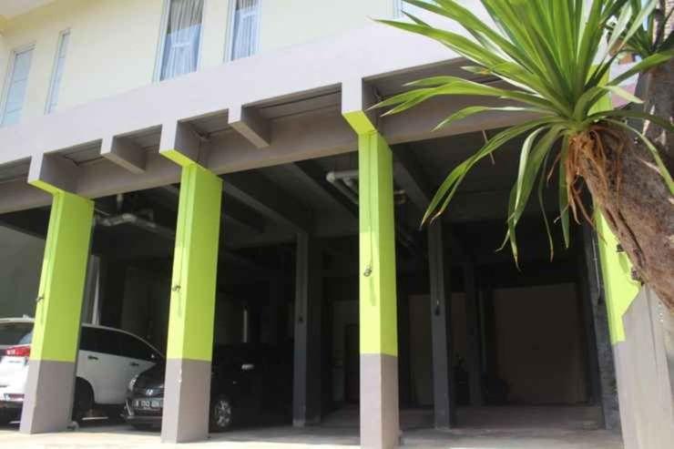 Tebet Utara Residence Jakarta - Facade