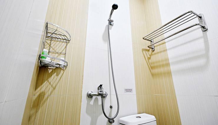 ZenRooms Benhil Tondano - Kamar mandi