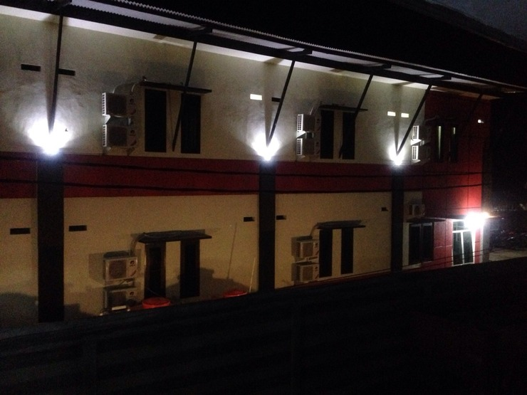 Hotel Lido 88 Sorong - Facade