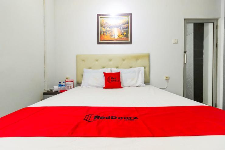 RedDoorz near Gajah Mada Plaza 2 Jakarta - Guestroom