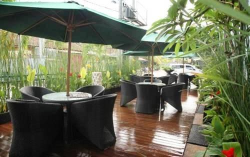 NIDA Rooms Peace Gong Bali - kafe
