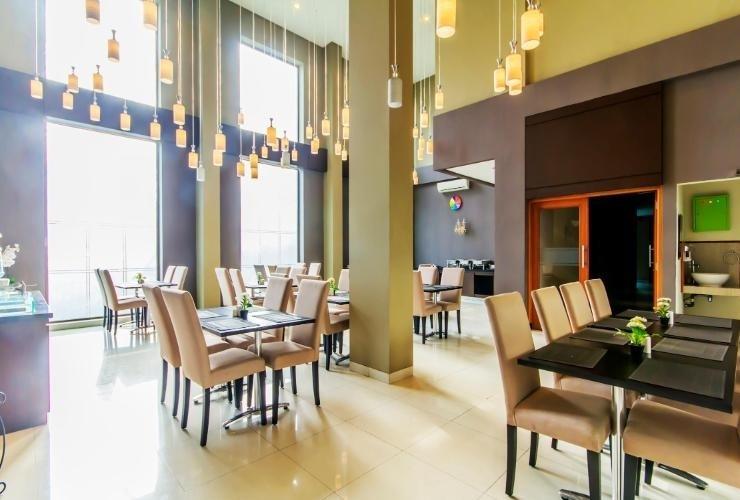 Sutan Raja Guest House Bandung - Restaurant