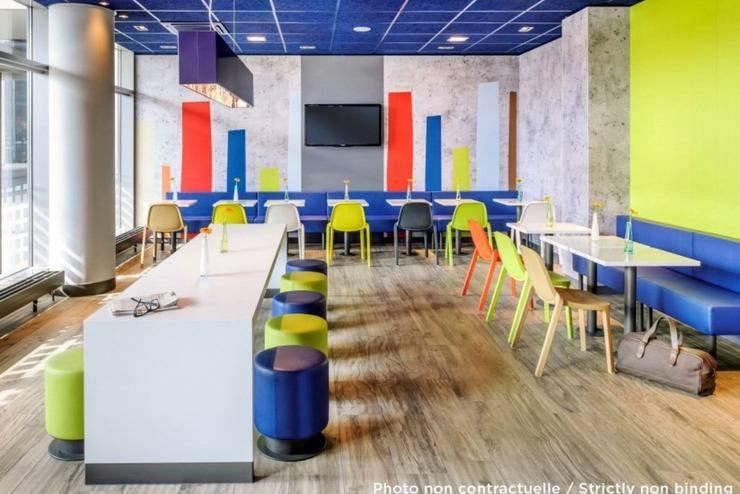 Ibis Budget  Semarang Tendean - Ruang makan