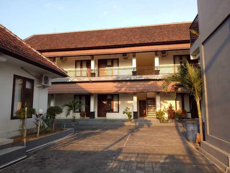 Giri Puspa Guest House Bali - Exterior