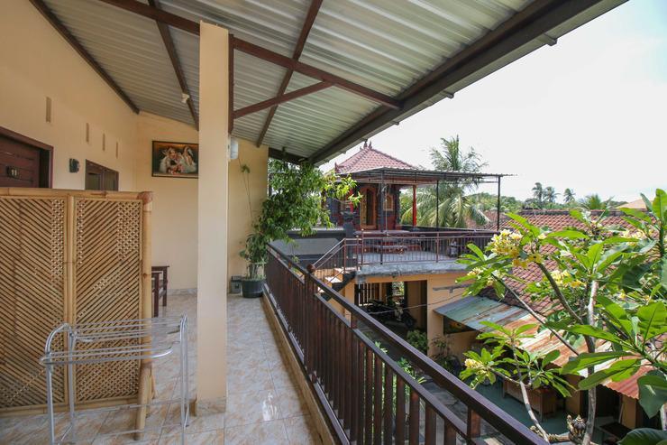 Airy Eco Mataram Cakranegara Yudistira 5 Lombok - Balcony