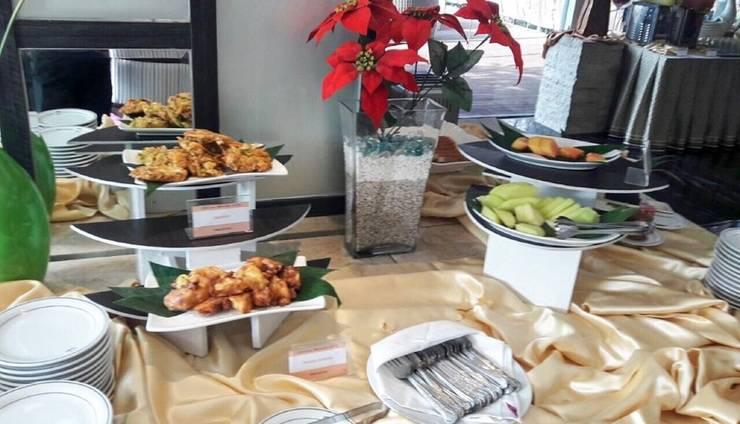 Cendana Premiere Hotel by Lariz Surabaya - Tempat Makan