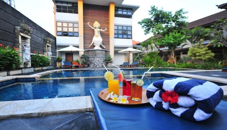 Sandat Hotel Legian Bali - Pool