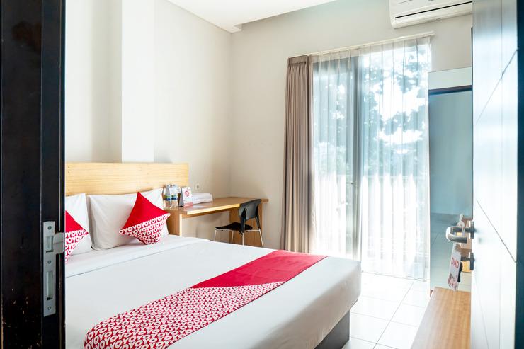 OYO 794 LN 9 Bandung Guest House Bandung - Bedroom