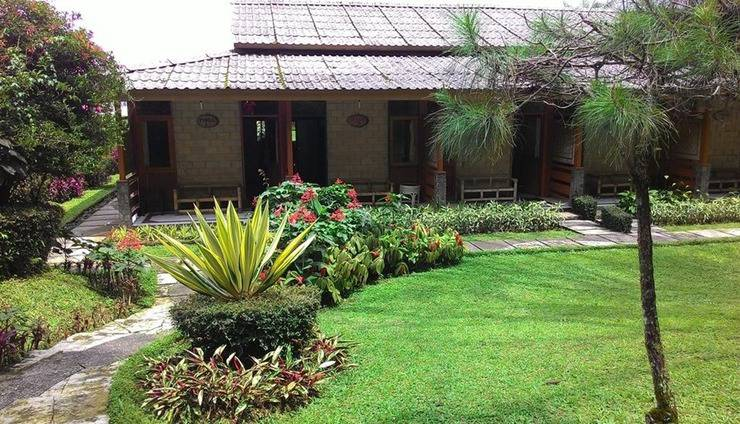Hotel Lembah Safari Cisarua Puncak - Exterior