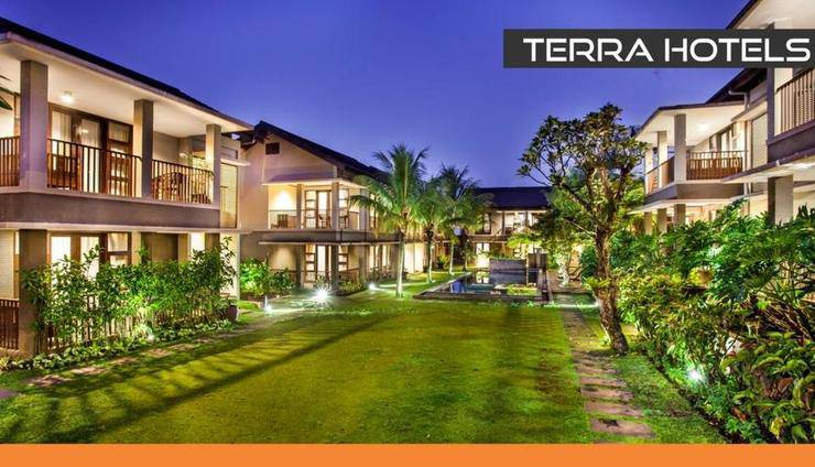Summer Hill Private Villas & Family Hotel Bandung - Appearance