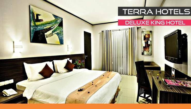 Summer Hill Private Villas & Family Hotel Bandung - Deluxe King