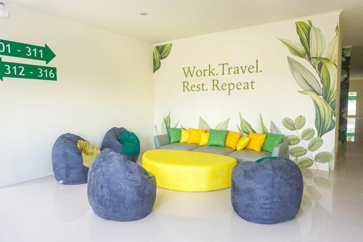 GreenHaus Inn Surabaya - Lobi