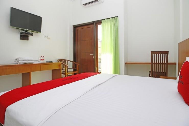 RedDoorz @ Turanggasari Yogyakarta - Kamar Tamu