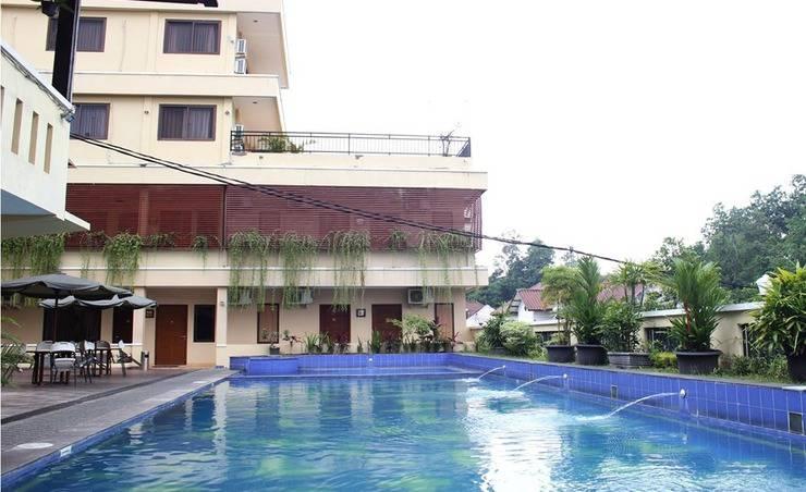 NIDA Rooms Ring Road Utara 186 Jogja - Kolam Renang