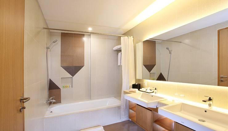 Swiss-Belhotel Pondok Indah - Bath Room