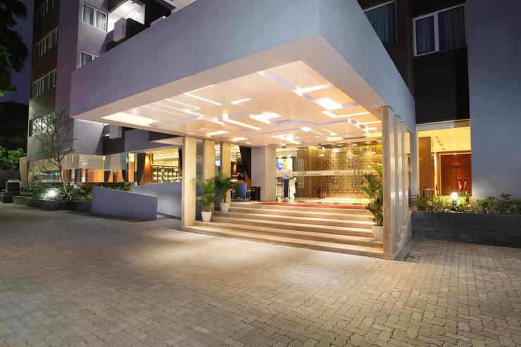 Swiss-Belhotel Pondok Indah - Lobby Drop Off