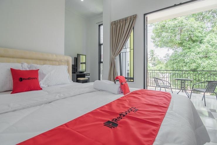 RedDoorz near Sultan Thaha Airport Jambi Jambi - Guestroom