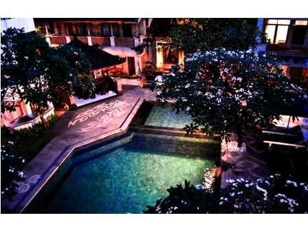 Fourteen Roses Hotel Bali - Kolam Renang