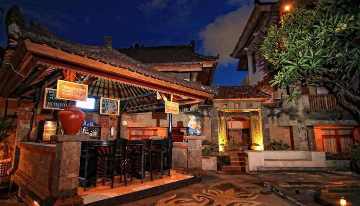 Fourteen Roses Hotel Bali - Eksterior