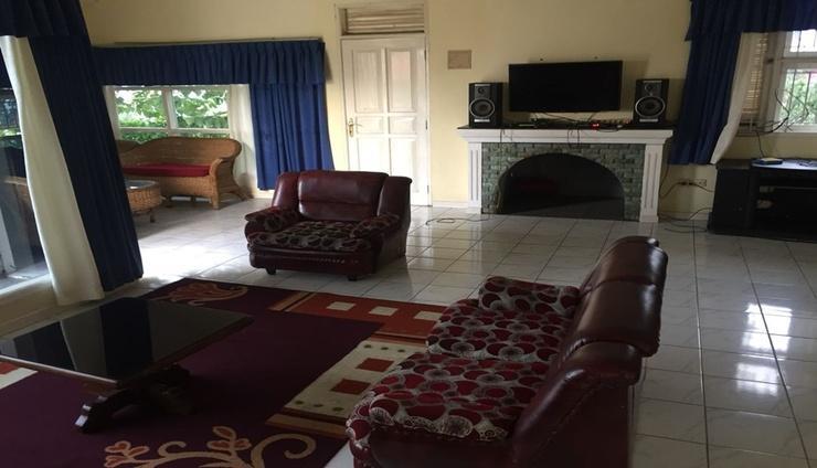 Moonstones Villa Cianjur - Facilities