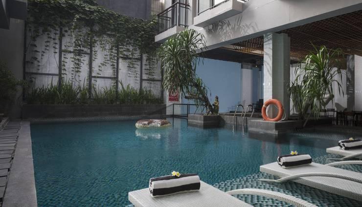Liberta Seminyak Hotel - Pool