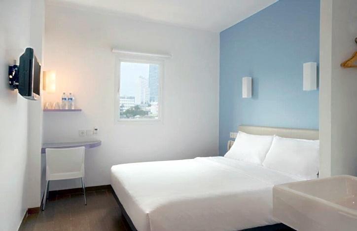 Hotel Amaris Senen - Double Bed