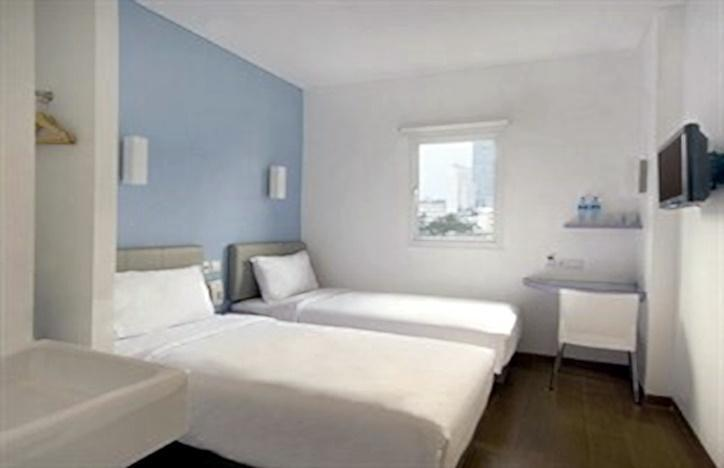 Hotel Amaris Senen - Twin Bed