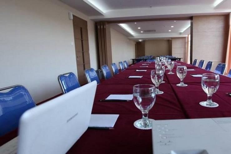 Centro City Service Apartment Jakarta - Meeting Room