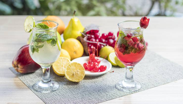 Centro City Service Apartment Jakarta - Virgin Mojito & Strawberry Mojito