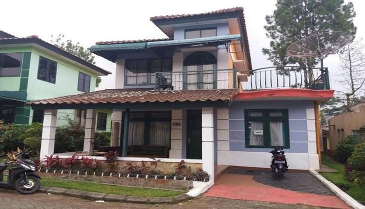 Villa Kota Bunga Semanggi Cianjur - Exterior