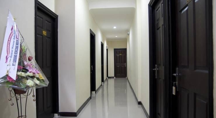 Galaxy Guest House Surabaya - Interior