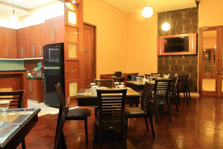 Omah Qu Guesthouse by Symphony Yogyakarta - restoran
