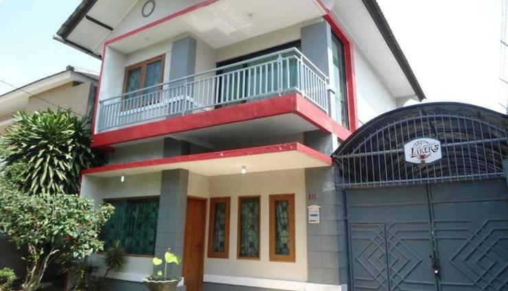 Review Hotel Astoria Villa (Bandung)