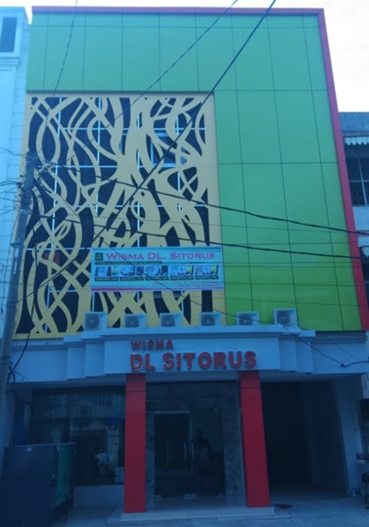 Wisma DLS Sindoro Medan - Exterior