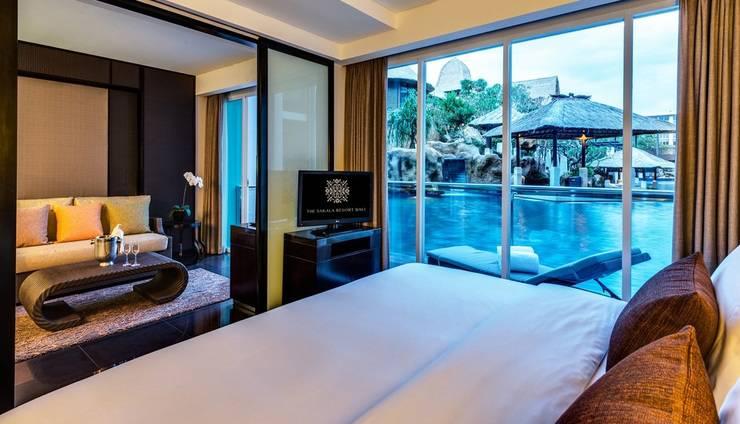 Mantra Sakala Resort & Beach Club Bali - Kamar tamu dengan akses kolam Renang
