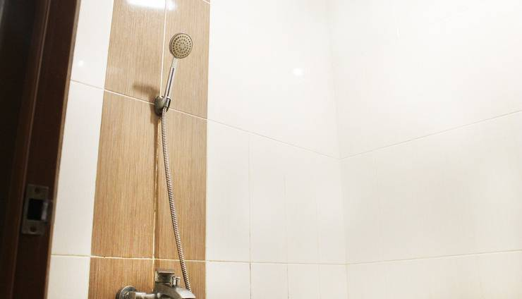 WeStay Homes Surabaya - Bathroom