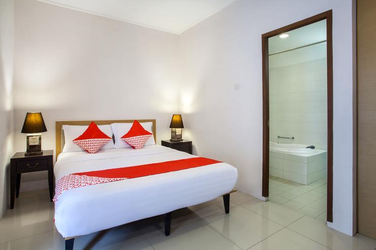 OYO 107 Kusuma Kemang Suite Jakarta - Bedroom