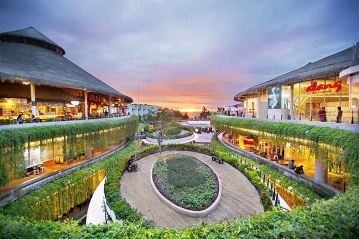 Segara Sadhu Inn Bali - pusat perbelanjaan