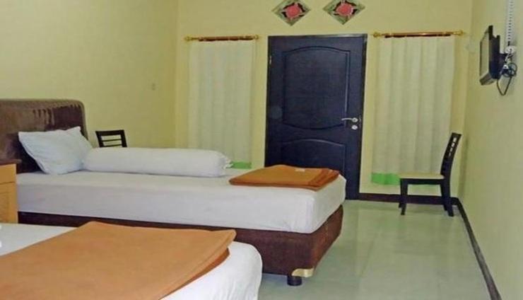 Evergreen Homestay Kupang - Room