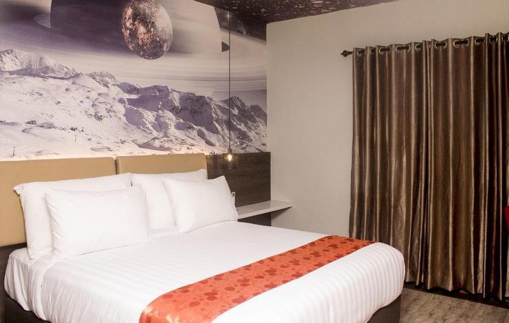 Premiere Hotel Tegal Tegal -