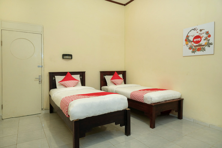 OYO 561 Hotel Citra Indah Yogyakarta - Bedroom