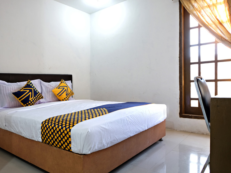 SPOT ON 2661 Wisma Maysara Makassar Makassar - Bedroom S/D