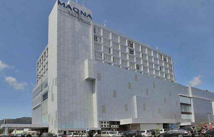 Maqna Hotel Kota Gorontalo - Front