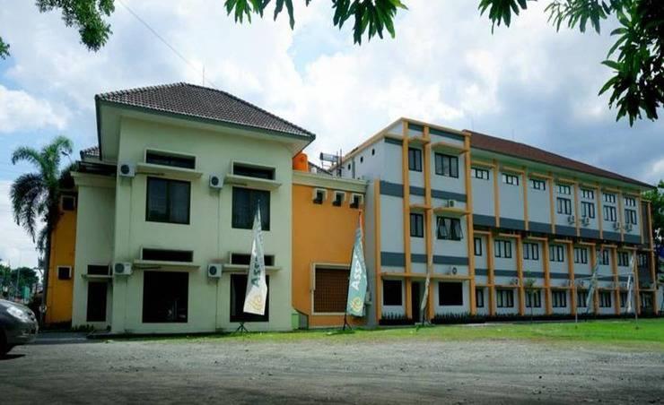 Assalaam Syariah Hotel Solo Solo - Tampilan Luar Hotel