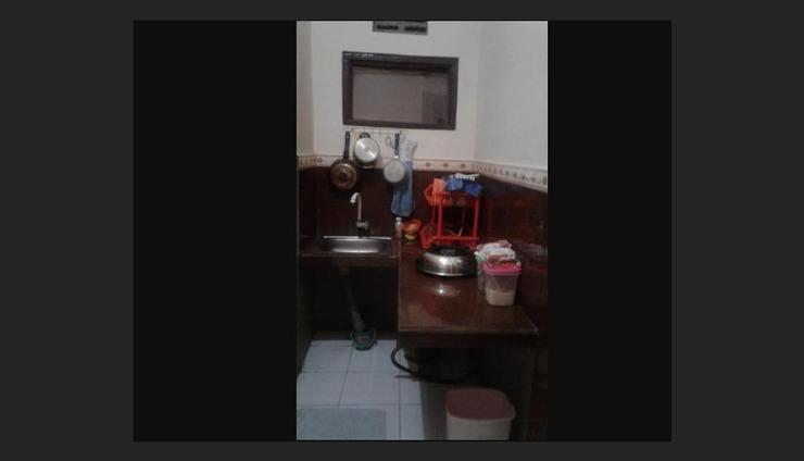 Akbar Homestay Room Malang - dapur