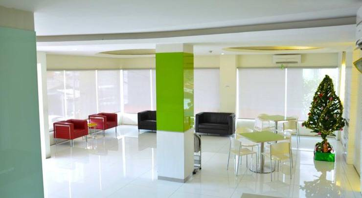 Everbright Hotel Ambon - Lobby